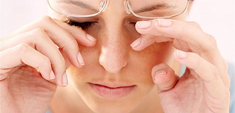 Khô, nhức, mỏi mắt có nguy hiểm không và cần làm gì để phòng tránh