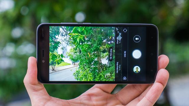 Khả năng chụp và lưu ảnh của máy cũng khá ấn tượng