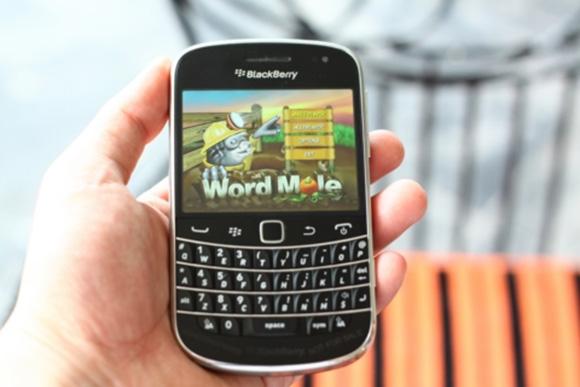 Chơi game trên BlackBerry Bold Touch 9900
