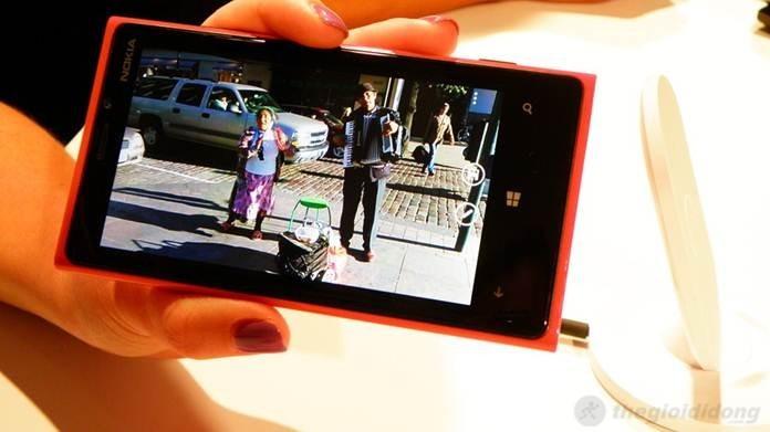 Nokia Lumia 920 màn hình Pure HD