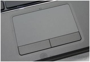 Bàn phím chiclet cùng với đèn nền, touchpad rộng rãi của Dell Vostro 3460