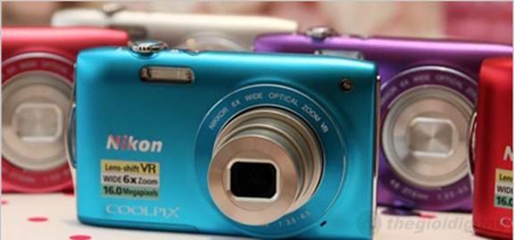 Nikon Coolpix S3300 nhỏ  gọn thời trang